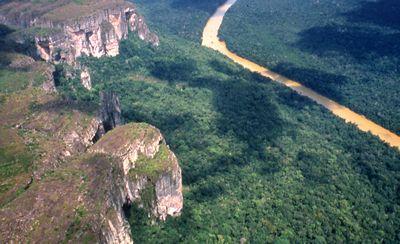 Tepuys en la Serranía del Chiribiquete, Caquetá (Región del Amazonas)