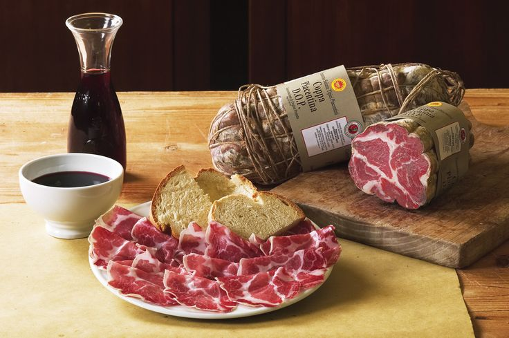 Traveling the Food Valley of Emilia Romagna, where are collected the foods and basic preparations of the Italian cuisine.