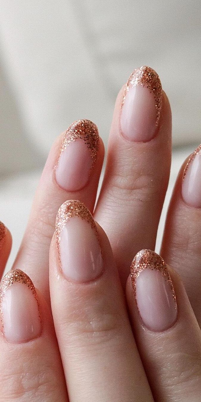 Intricate Designs For The Short Acrylic Nails Polish And Pearls Short Acrylic Nails Rounded Acrylic Nails Short Rounded Acrylic Nails