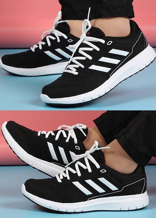 6e114d46d5  NETSHOES  ÓTIMO ▫ Tênis Adidas Duramo Lite 2 Feminino - Preto e Branco ⭐