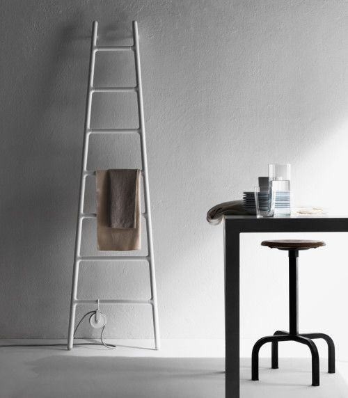 Who would have thought that a humble radiator could be so stunning! Scaletta by Italian studio Tubes Radiatori draws on the vision of a ladder leaning up against a wall.