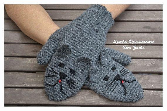 Dark Grey Cat Mittens Crochet Mittens Cat gloves  от ilovemyyarn