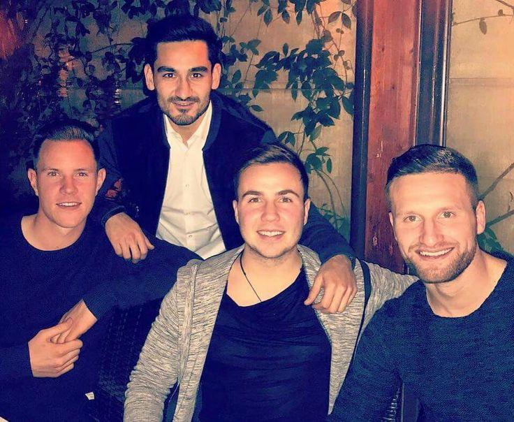 "Shkodran Mustafi on Facebook:  ""🔙🔛🔝 Great dinner in Rome with my team mates Ilkay Gündogan , Mario Götze and Marc-André ter Stegen ! 😎👌🏾#GoodTimes #Fun #Friends #Italy Germany Football Team - Die Mannschaft""  https://m.facebook.com/story.php?story_fbid=892011567598059&substory_index=0&id=207143656084857"