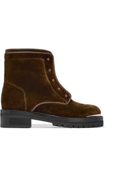 ALEXANDER MCQUEEN . #alexandermcqueen #shoes #boots