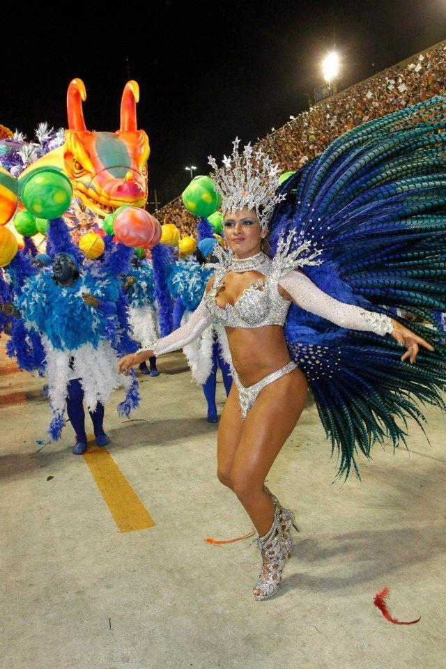 Passista da Vila Isabel / Marcelo Piu - O Globo: Colour, Costume Ideas, Brazilian Carnival, Samba Costumes