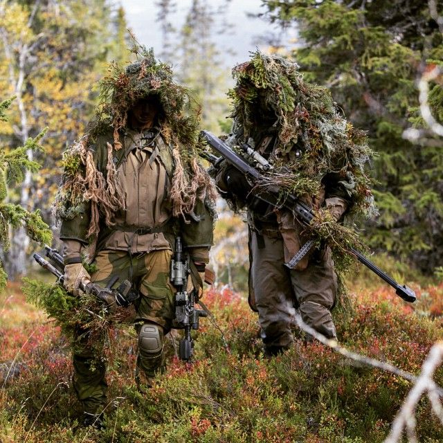 Norwegian Snipers from Cavelry Squadron 1 during exercise Noble Ledger, Cavalry Squadron 1 was acting as opposing forces (OPFOR). #Sniper #BlendIn #NorwegianArmy #Forsvaret