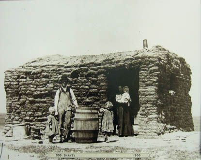 Sod House, Saskatchewan (1900)....my grandparents had one similar when they first came..