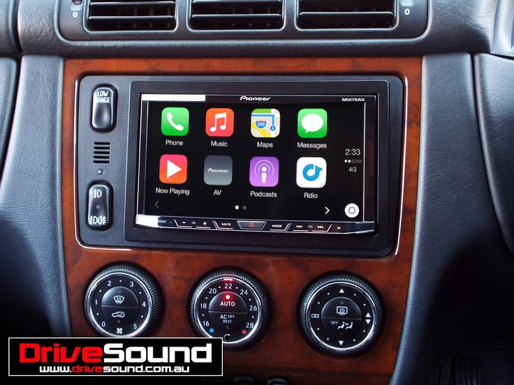 Mercedes Benz ML270 with Apple CarPlay installed by DriveSound.