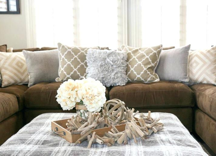 cushion ideas for light brown sofa set in range of 30000 cool throw pillows couch medium size living room what colour curtains go with decorative