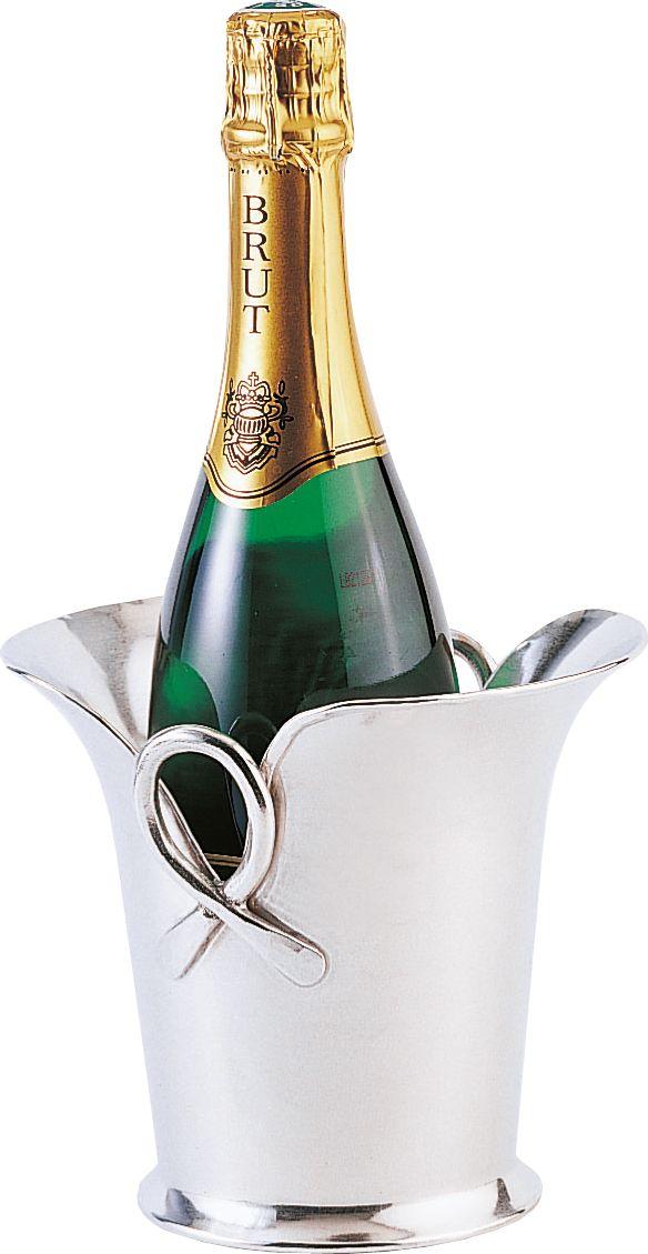 Seau à champagne original en étain Seau à glace original en étain de fabrication artisanale l'étain présente l'avantage de ne pas s oxyder et ne demande aucun entretien particulier  http://www.accessoire-pour-le-vin.fr/boutique/cadeaux-de-100-a-200e/seau-champagne-original-en-etain/
