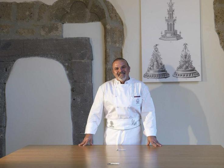 For the prestigious Boscolo Etoile #Academy, Chef Rossano Boscolo has chosen Arclinea.  #italy #cook #chef #kitchen #food