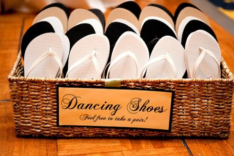 DIY Wedding Bathroom Baskets « David Tutera Wedding Blog • It's a Bride's Life • Real Brides Blogging til I do!
