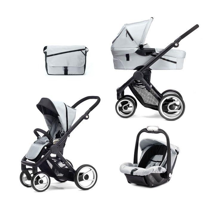 Il passeggino trio che comprende: carrozzina, seggiolino auto, passeggino reversibile fronte strada e fronte mamma. Versatile, leggero, confortevole e facile da utilizzare.