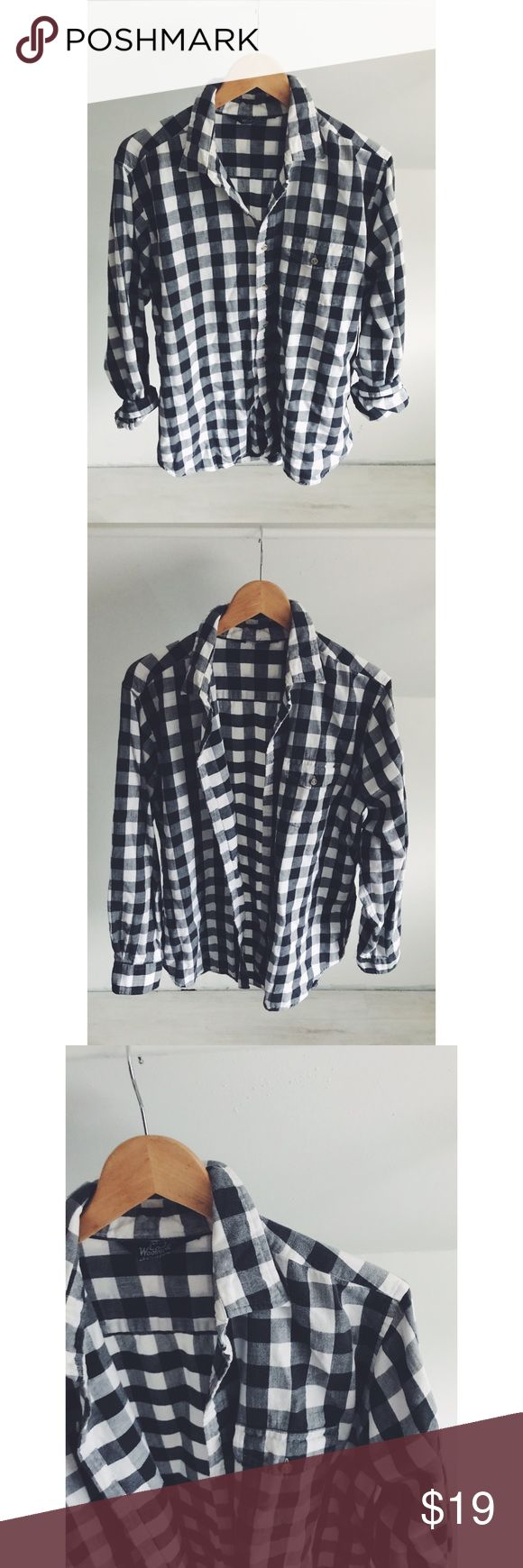 Woolrich Oversized Buffalo Check Flannel So cozy and perfect for year round wear! Soft flannel material in a chic buffalo Check print. Layer up in the cool weather months or add a statement necklace and heels for a lunch out👍 excellent, gently used condition. Black, white and grey color palette. Woolrich Tops Button Down Shirts