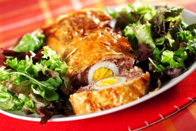 Cu siguranţă că ai mai preparat drob. De aceasta este o reţetă specială: drob în foietaj. Încearcă şi tu, nu e deloc greu! Va arăta minunat pe masa festivă!