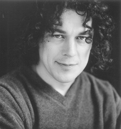 Classify British comedian & actor Alan Davies