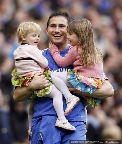 Frank Lampard with his daughters, Luna and Isla