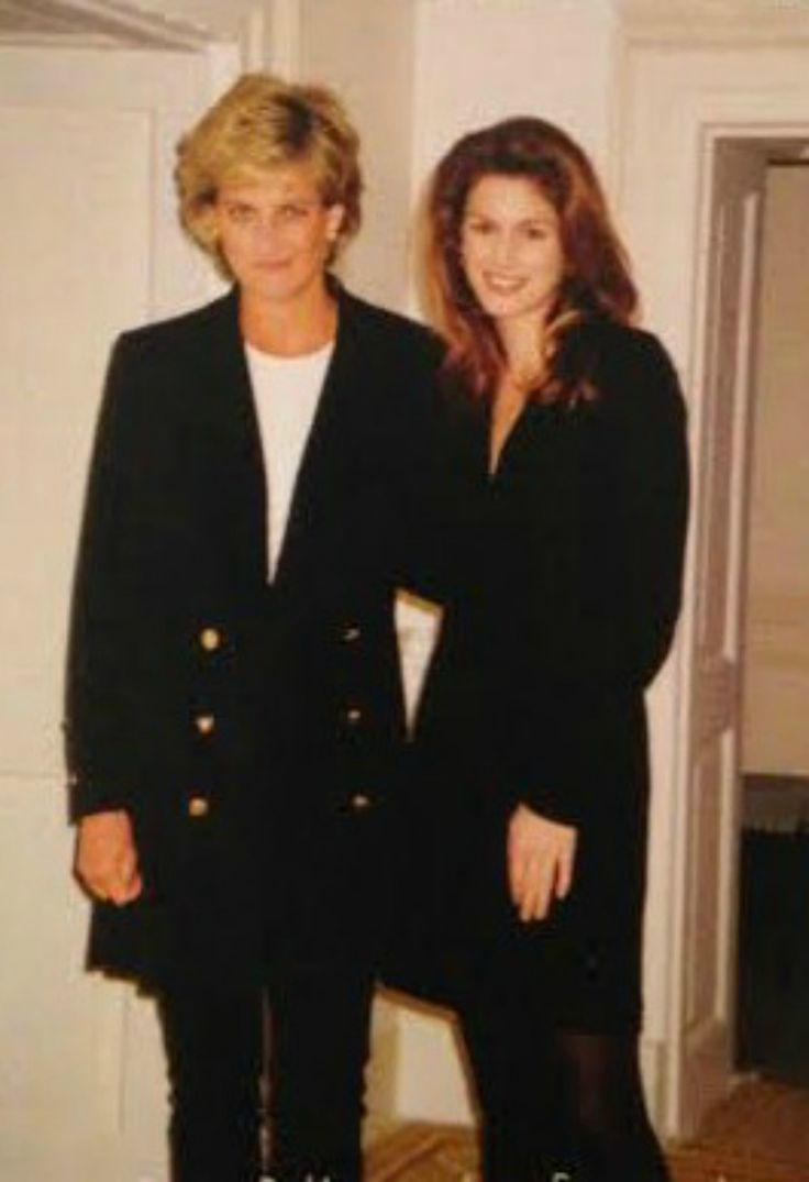 """ When Prince William, 13, said he had a crush on Cindy Crawford, his mum Diana invited the supermodel to join them for tea. Crawford fulfilled William's dream when she came to the palace on Easter in 1996. "" ""I was like, 'What do I wear?'..."