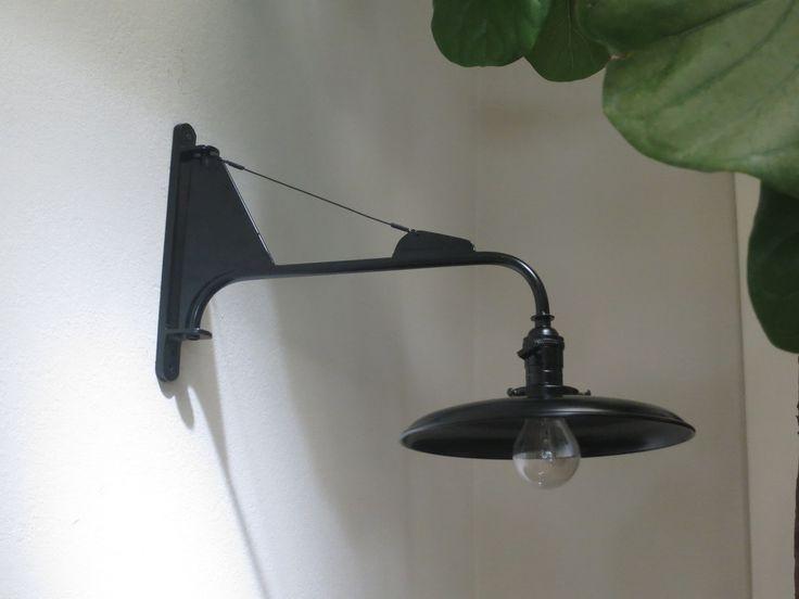 http://atelierdetroupe.com/collections/frontpage/products/a-de-t-petite-potence#