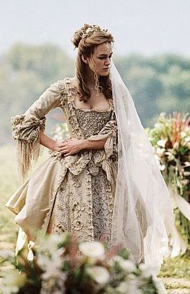 Elizabethan Cloak | Traditional Wedding Dresses: Elizabethan Wedding Dress