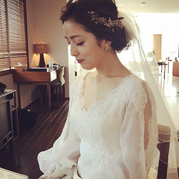 いいね!155件、コメント2件 ― Qazariさん(@qazaridressandjewelry)のInstagramアカウント: 「* * ヘッドドレスと、イヤリング、そしてドレスをお召し頂いた花嫁さま * 遠方からのお越しで Qazariを気に入って頂きましてありがとうございました * とても素敵なお写真ありがとうございます…」