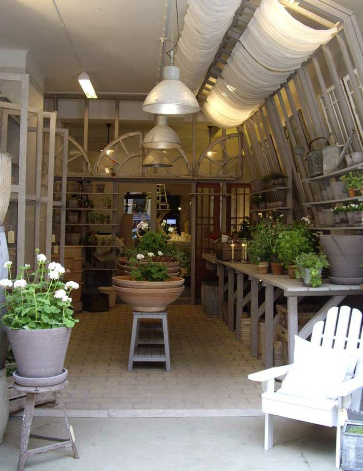 Incredible potting shed. Love the large wide bowls and the high ceiling.
