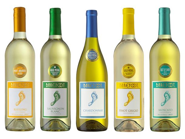Review: Barefoot Whites (they suggest pinot grigio and sauvignon blanc) [ETA: Barefoot is my go-to cheap wine and these two are quite good - in fact, I just bought a bottle of SB this morning]