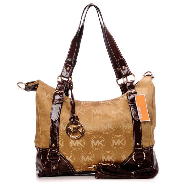 Michael Kors Jet Set Belt Large Beige Shoulder Bags