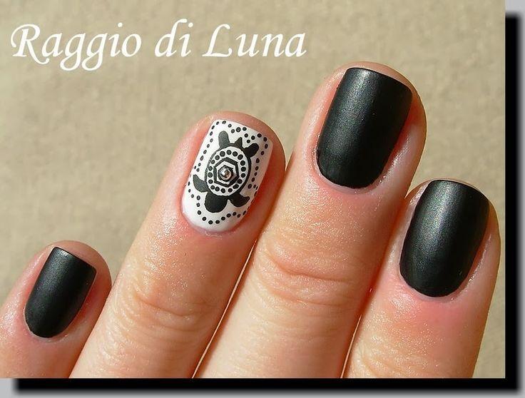 Raggio di Luna Nails: Tribal turtle #nail #nails #nailart