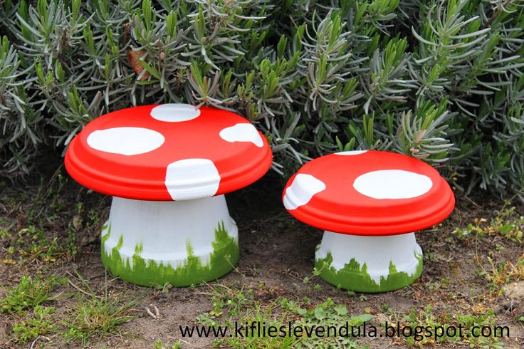 Mushrooms made of flower pot and paint - on Craftster.org- This would be a great idea to do 2 more stools for Rhiannon's Fairy Tree House and a tall one with a large saucer for the table!