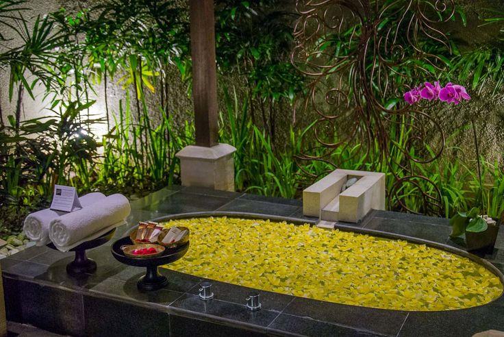 Bali Villa Photography - Ulin Villas - master bedroom bath tub night time