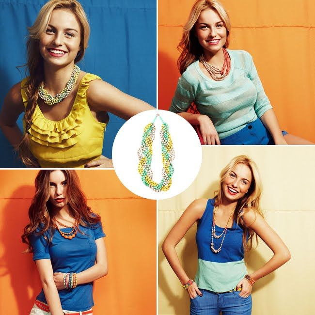 Handmade Necklaces / 31 Bits {the purchase of these necklaces help empower women in uganda to rise above poverty} #dogood