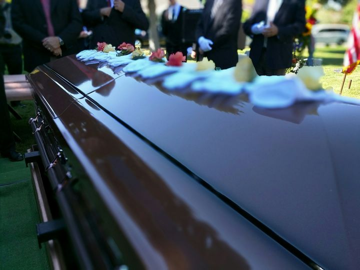 New top story from Time: Corey Williams / APGruesome Discoveries at Funeral Homes Put Spotlight on Spotty Regulations http://time.com/5001359/funeral-home-horrors-regulation/| Visit http://www.omnipopmag.com/main For More!!! #Omnipop #Omnipopmag