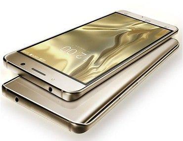 UMI Rome X to wyjątkowy smartfon. Tylna obudowa została wykonana z poliwęglanu, dzięki czemu urządzenie jest niezwykle lekkie i wygląda jak dzieło sztuki. #Xmas #prezentdlaniej