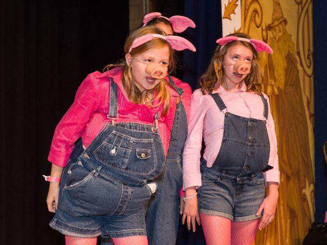 Super easy Little Pig costumes!