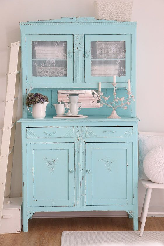 25 best ideas about shabby chic buffet on pinterest for Shabby chic schrank