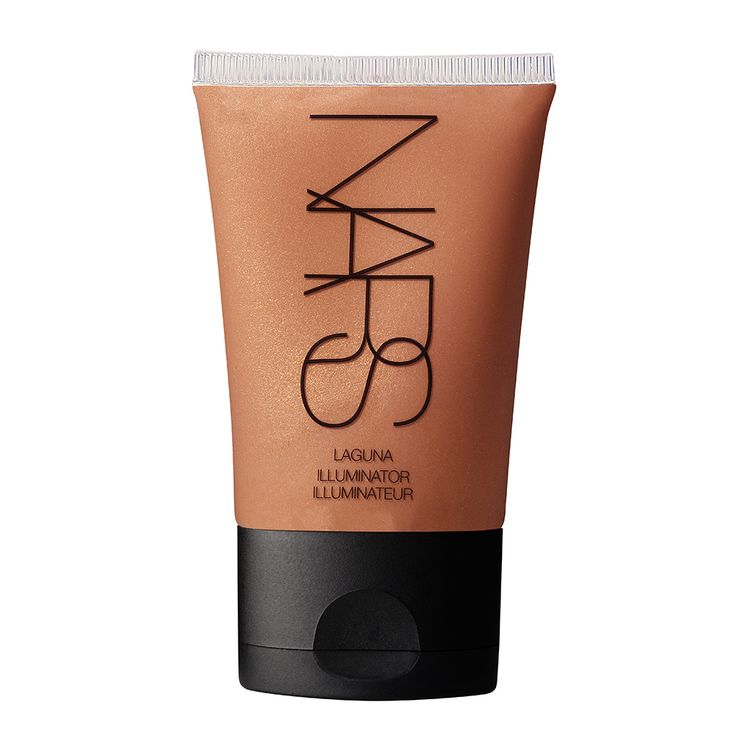 The perfect bronzer that won't crack into a million pieces in your purse and blends into skin seamlessly | NARS Illuminator in Laguna