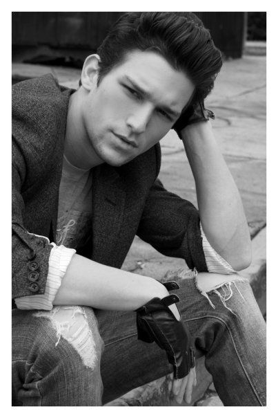Daren Kagasoff! Love him...and if you haven't watched The Secret Life of the American Teenager, check it out :)