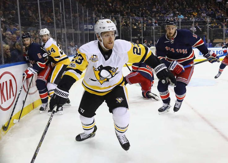 Rangers vs. Penguins - 03/31/2017 - Pittsburgh Penguins - Photos  Scott Wilson #23