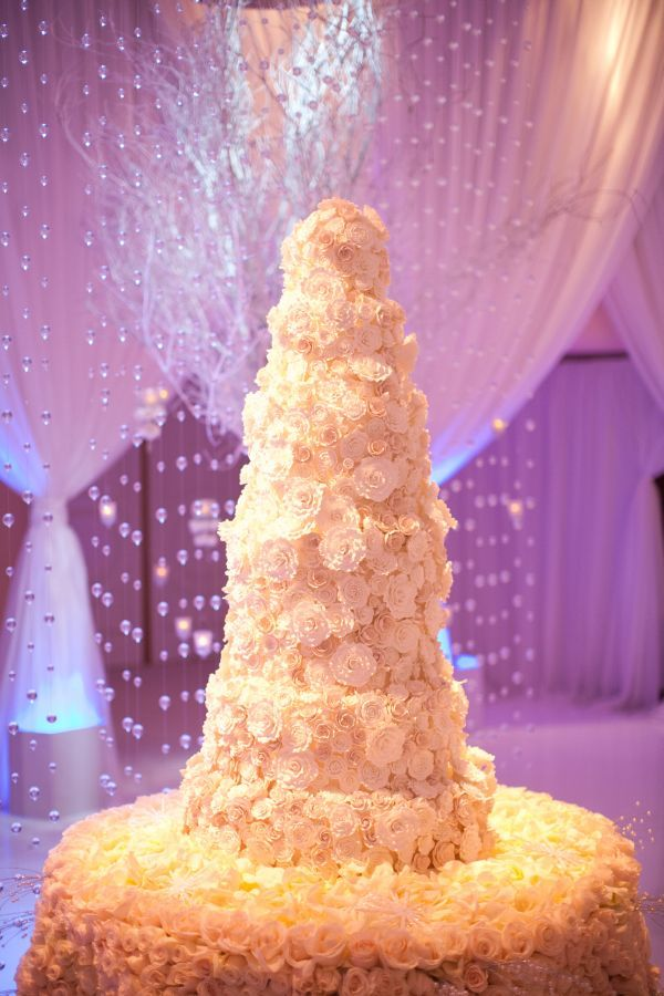 White tiered floral cake