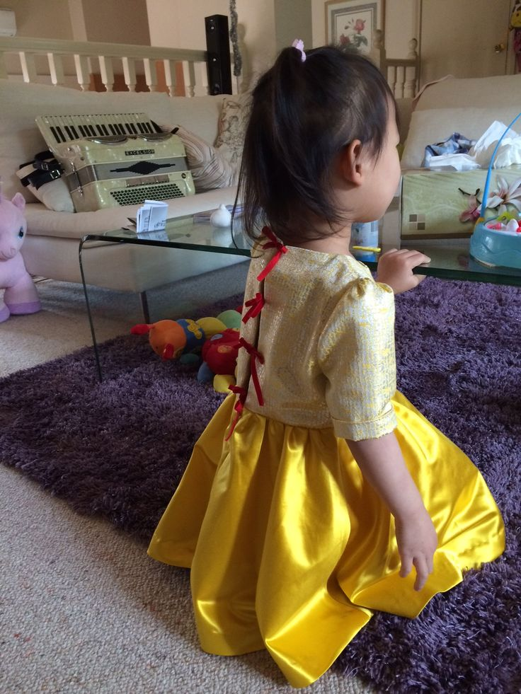 Silk satin dress with bows