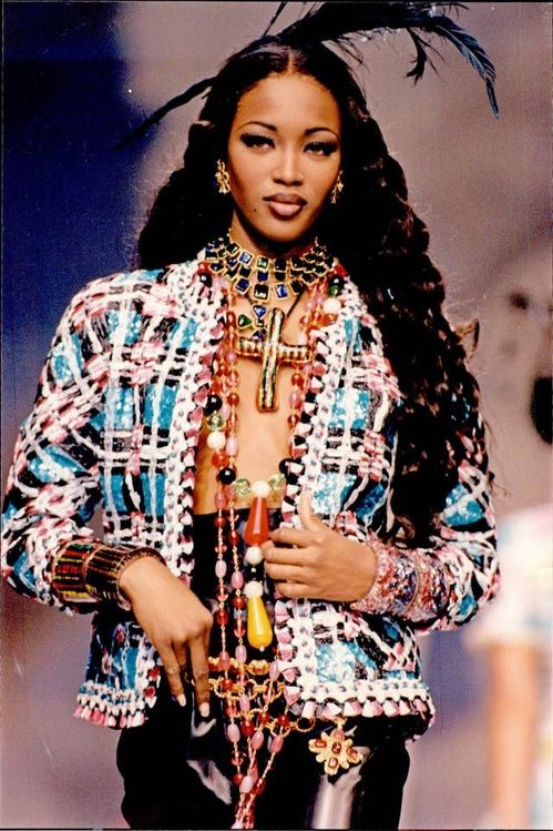 Naomi Campbell at a Chanel show in 1992 -  1990s Vintage Chanel pieces on Pinterest | Vogue Paris
