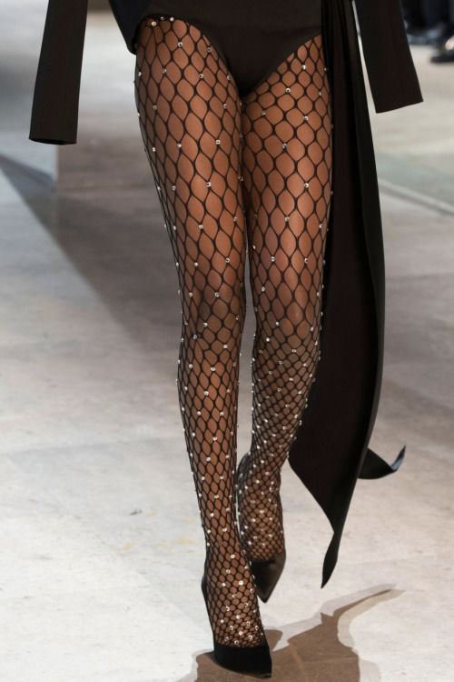 Touch & Strut Baby • Alexandre Vauthier Couture F.W 2016 Posted by...