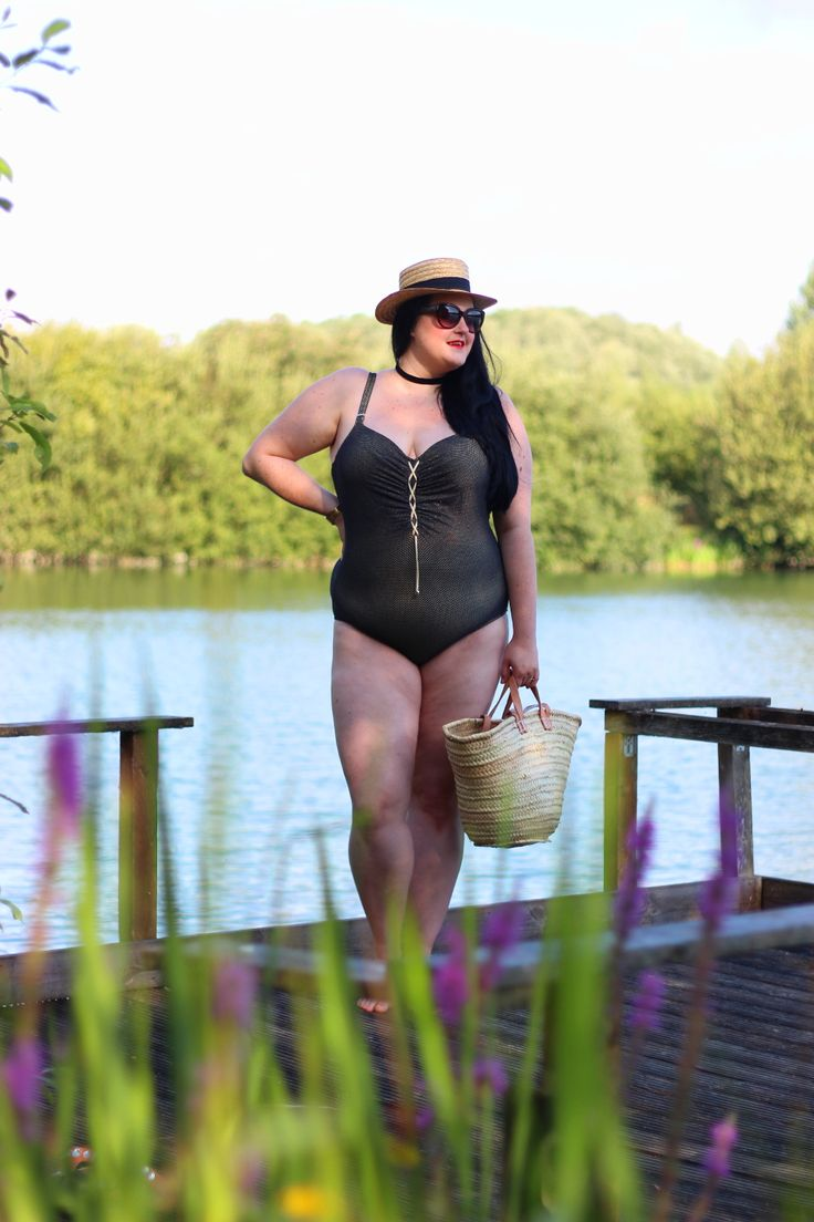 Plus size swimwear Primadonna http://www.anaispenelope.fr/2016/08/primadonna-maillot-bain-grande-taille.html