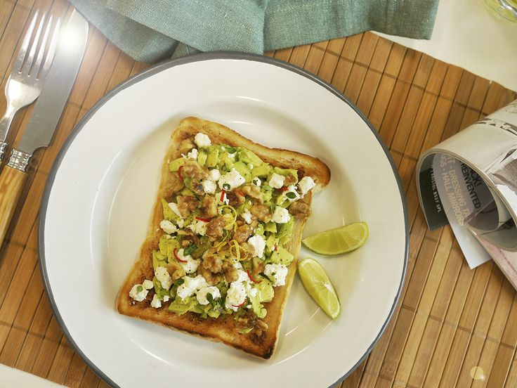 Avocado Toast with Goats Cheese and Walnut- Breville the  perfect fit for Warburtons toaster #toasttothetop #breakfast #toaster #foodart