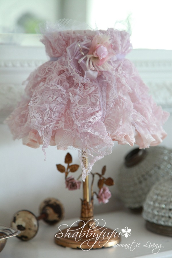 **FRENCH BOUDOIR LAMP WITH PORCELAIN ROSES & A PETTICOAT LAMPSHADE**  Google Image Result for http://4.bp.blogspot.com/-h7unAJg7k2Q/Tlq4lmOu5mI/AAAAAAAAFOg/cyCXSJ0i-G8/s1600/French%2Bboudoir%2Blight.jpg