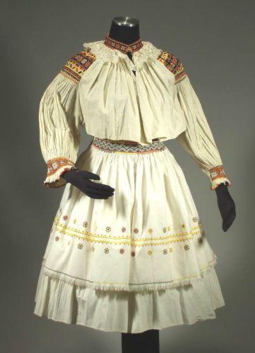 ANTIQUE Slovak Folk Costume embroidered blouse pleated skirt apron CICMANY kroj