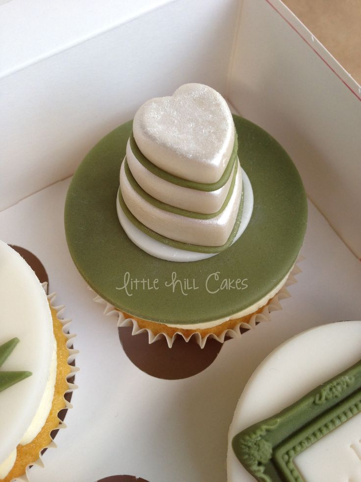 small wedding cake with cupcakes best 25 mini wedding cupcakes ideas on 20249