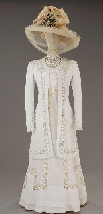 Wedding Dress. Inspiration for Kate's final jacket.