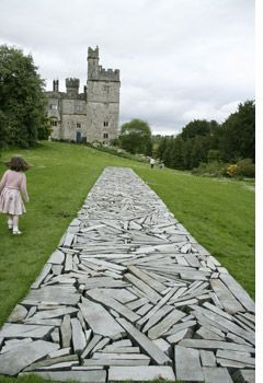 Idee voor bestrating in een deel/  richard long